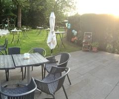 Welkom bij Fieneke Koffie & Theehuis, een koffiehuis in Balen dat een gezellige sfeer uitstraalt. Kom gerust eens langs, samen met de hele familie en de kinderen, voor een drankje met een gebakje of voor een verkwikkend ontbijt.